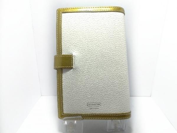 COACH(コーチ) 手帳 - 白×ゴールド レザー×エナメル(レザー)