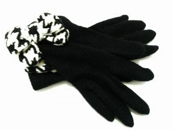 UNOKANDA(ウノカンダ) 手袋 レディース 黒×白 リボン ウール