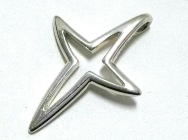 JOAQUIN BERAO(ホアキンベラオ) ペンダントトップ美品  金属素材 シルバー