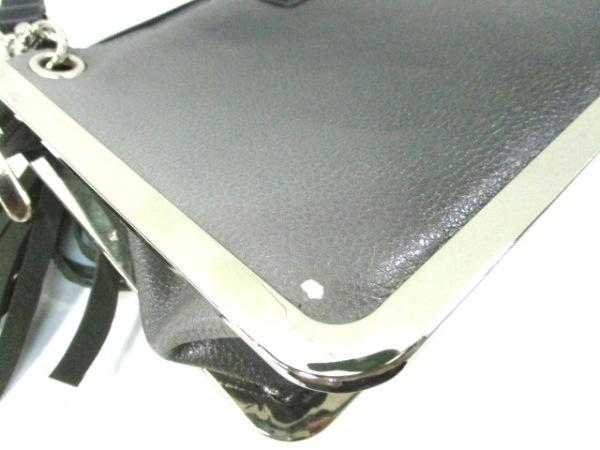 NicoleLee(ニコールリー) ショルダーバッグ グレー×黒×マルチ 合皮×金属素材