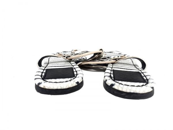 TORY BURCH(トリーバーチ) ビーチサンダル 7M レディース 白×黒 ボーダー レザー