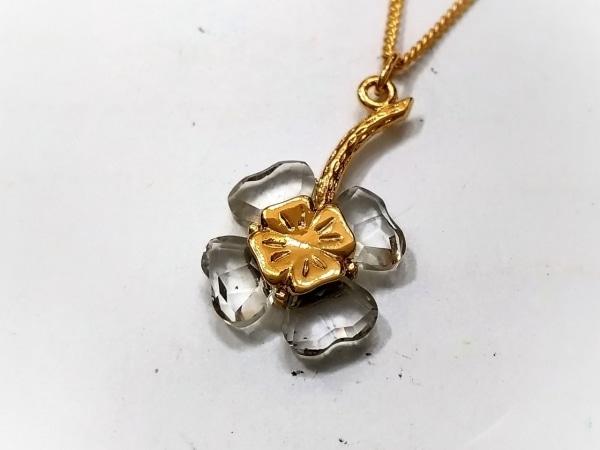 スワロフスキー ネックレス美品  金属素材×スワロフスキークリスタル フラワー