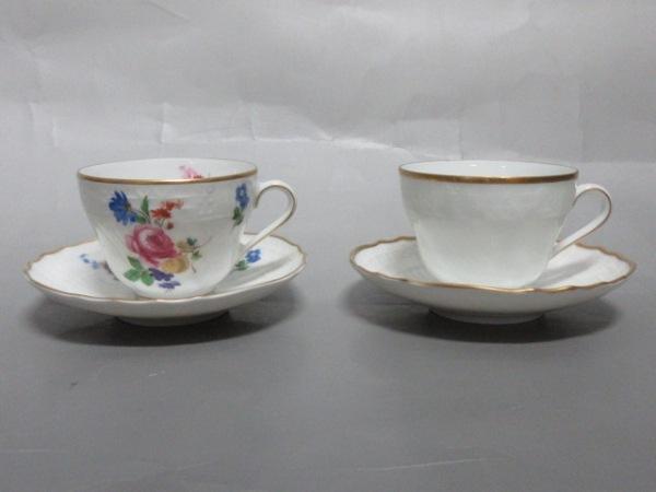 フッチェンロイター カップ&ソーサー新品同様  白×ゴールド×マルチ 花柄 陶器