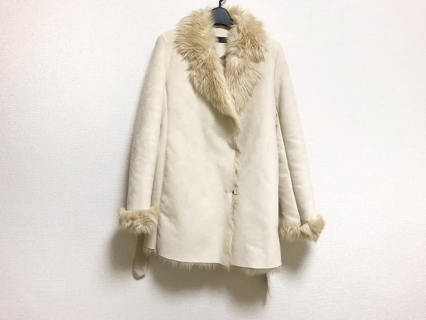 INED(イネド) コート サイズ11 M レディース美品  アイボリー 冬物