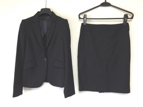 UNTITLED(アンタイトル) スカートスーツ レディース美品  黒×白 ストライプ