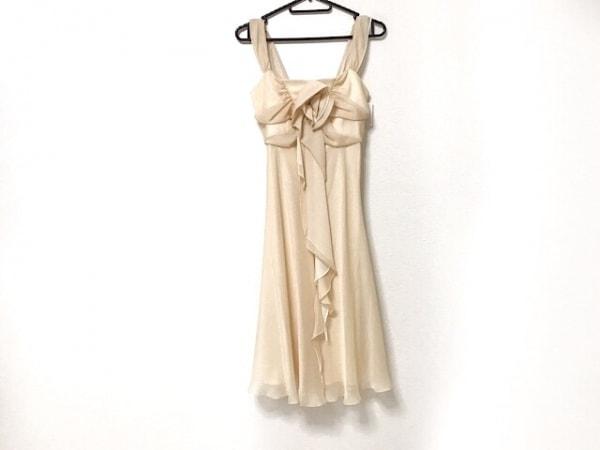 La Defence(ラデファンス) ドレス サイズ9 M レディース新品同様  ベージュ フリル