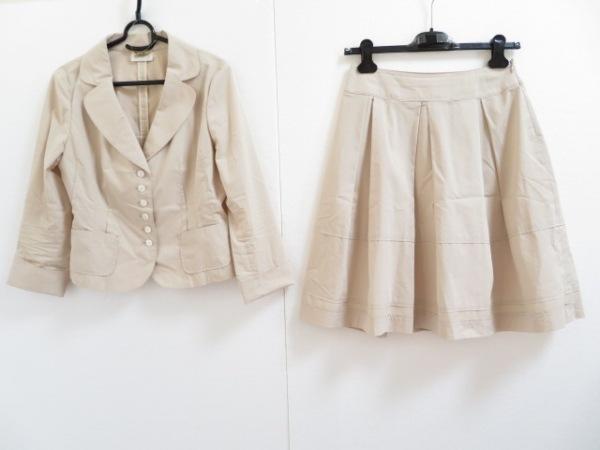 HARRODS(ハロッズ) スカートスーツ レディース美品  ベージュ