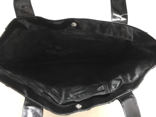 マリークワント トートバッグ美品  黒×白 花柄/ラメ コーティングキャンバス