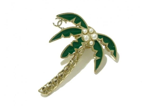 シャネル ブローチ美品  金属素材×フェイクパール ゴールド×グリーン×白 ヤシの木
