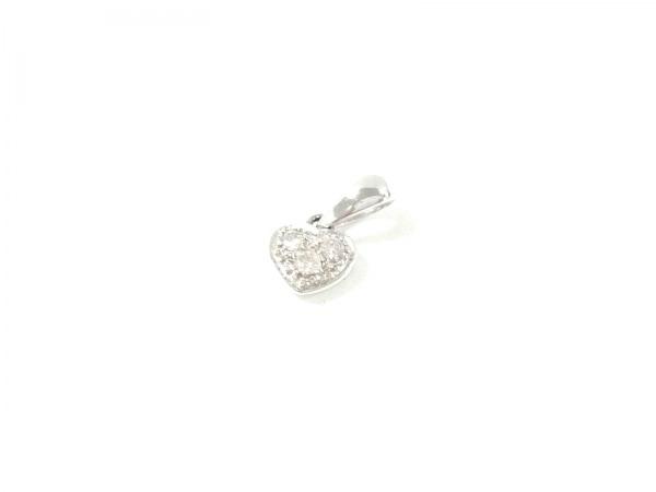 ノーブランド ペンダントトップ美品  K18×ダイヤモンド 総重量0.6g/0.05刻印