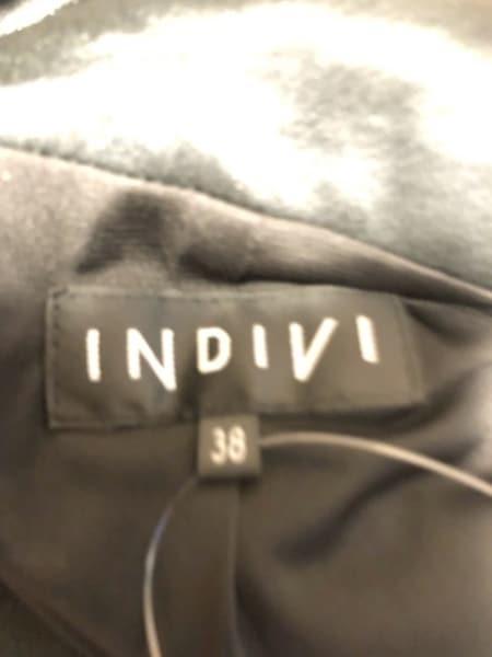 インディビ ブルゾン サイズ38 M レディース美品  黒 ジップアップ/ギャザー