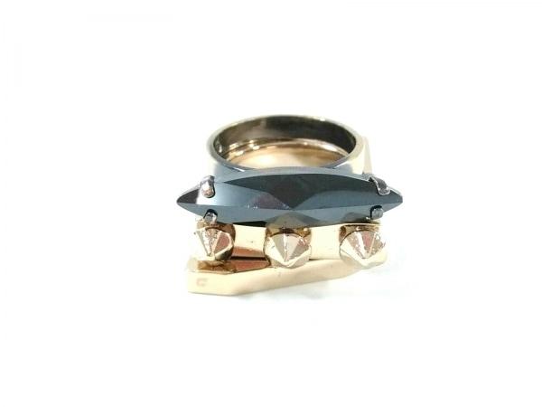 イオッセリアーニ 3連リング 金属素材×プラスチック ゴールド×黒 ラインストーン