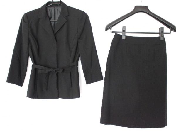 コムサイズム スカートスーツ レディース美品  黒×ダークグレー ストライプ