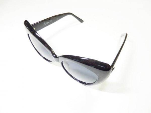 UNIF(ユニフ) サングラス 黒 プラスチック