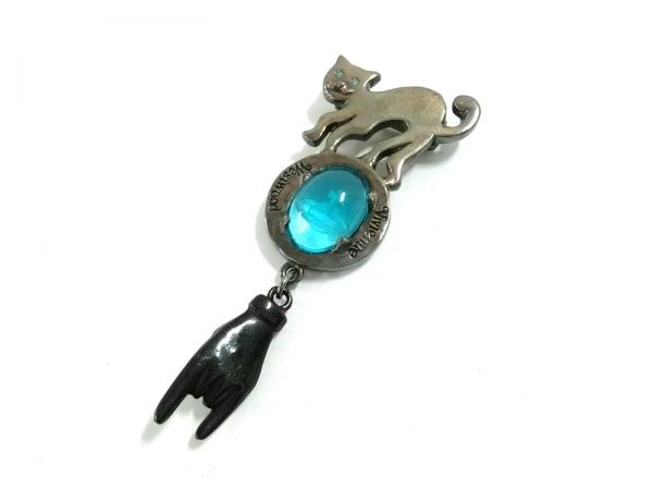 ヴィヴィアンウエストウッド ブローチ 金属素材×カラーストーン 猫