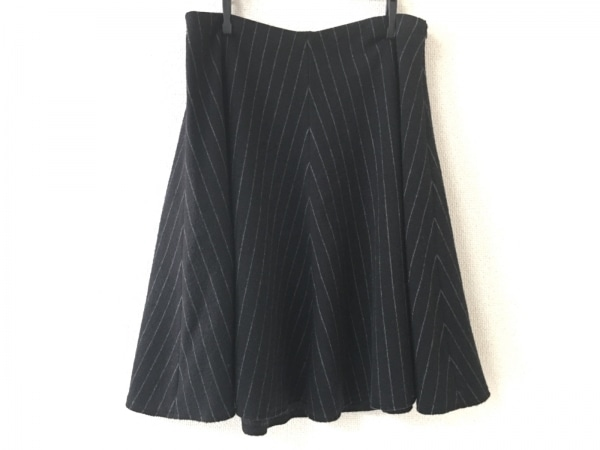 エルマノシェルビーノ スカート サイズ40 M レディース美品  黒×ライトグレー