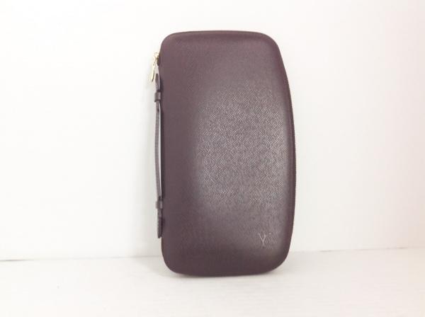 ルイヴィトン 財布 タイガ オーガナイザー・アトール M30656 アカジュー