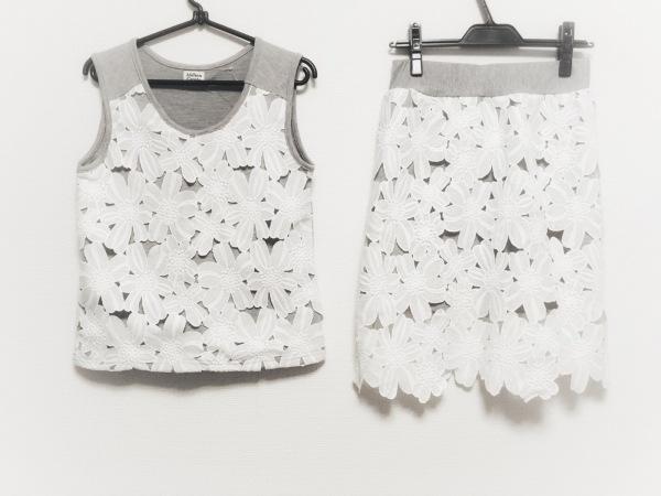 ミリオンカラッツ スカートセットアップ サイズF レディース美品  ライトグレー×白