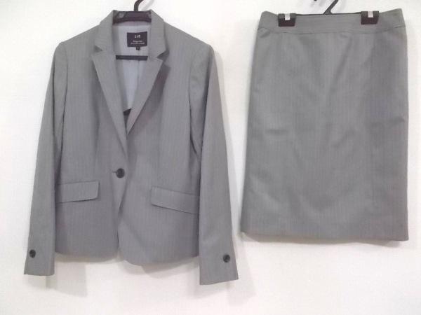 23区(ニジュウサンク) スカートスーツ サイズ38 M レディース新品同様