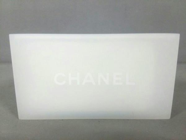 sports shoes d3fcf 7d5e7 CHANEL(シャネル) 小物美品 白 コットンケース プラスチック