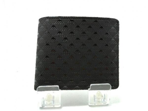 印傳屋(インデンヤ) 2つ折り財布美品  黒 ヌバック×エナメル(レザー)