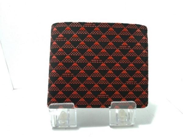 印傳屋(インデンヤ) 2つ折り財布美品  黒×レッド ヌバック×エナメル(レザー)