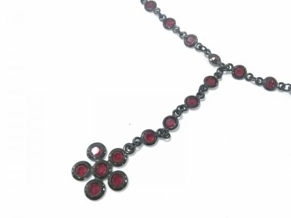 AGATHA(アガタ) ネックレス美品  金属素材×ラインストーン 黒×レッド