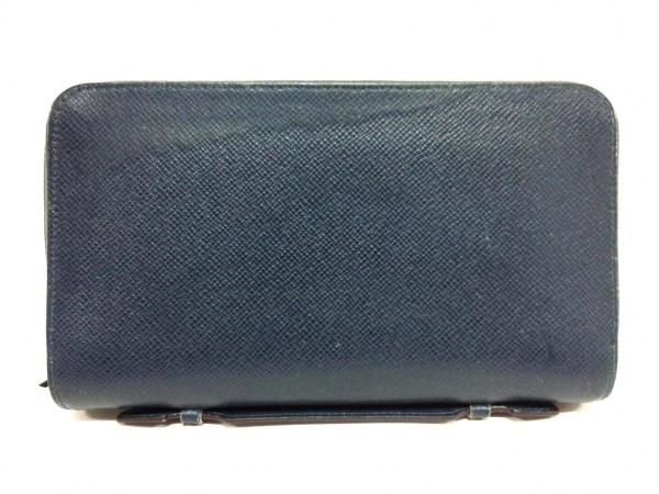 ルイヴィトン 長財布 タイガ ジッピーXL M42098 オセアン レザー(LVロゴの刻印入り)