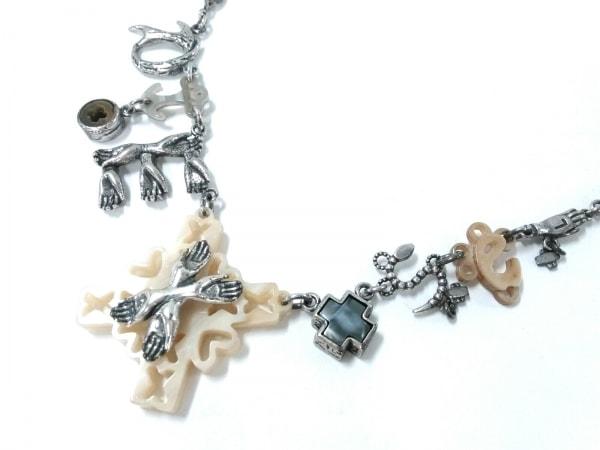DIESEL(ディーゼル) ネックレス 金属素材 シルバー×アイボリー