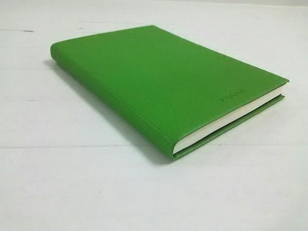PRADA(プラダ) 小物美品  グリーン ミニノートブック レザー×紙
