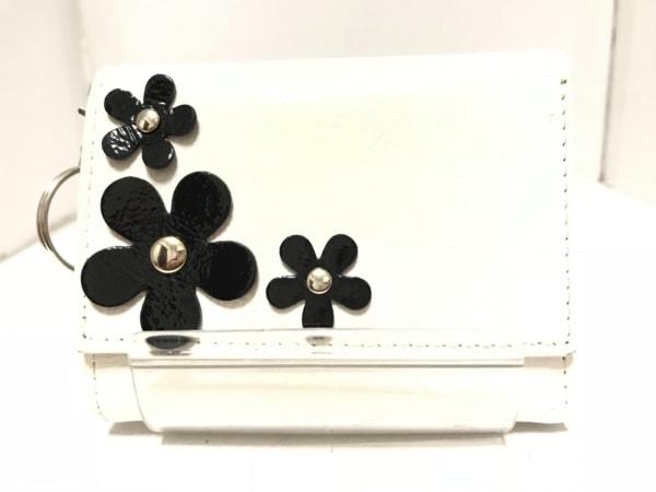 BECKER(ベッカー) Wホック財布 白×黒 リボン/ミニ/ネーム刻印 エナメル(合皮)