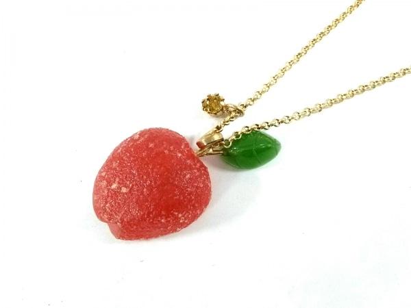 エヌドゥバイレネレイド ネックレス 金属素材×プラスチック リンゴ
