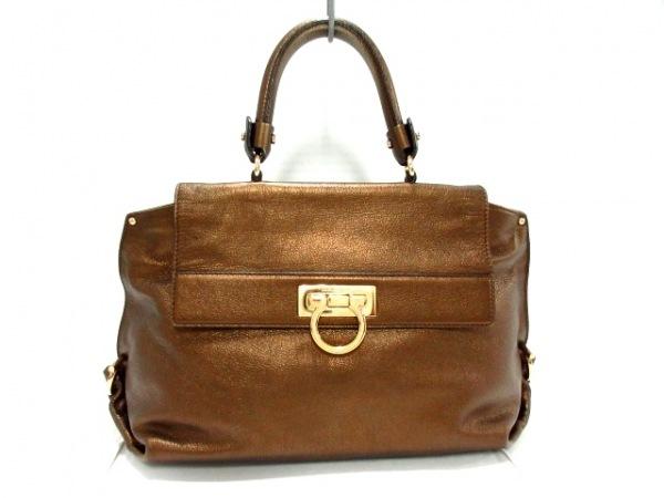 サルバトーレフェラガモ ハンドバッグ美品  ソフィア/ガンチーニ 21A896 ブラウン
