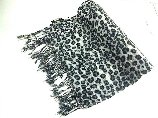 Glen Prince(グレンプリンス) ストール(ショール) 白×黒×グレー 豹柄 ウール