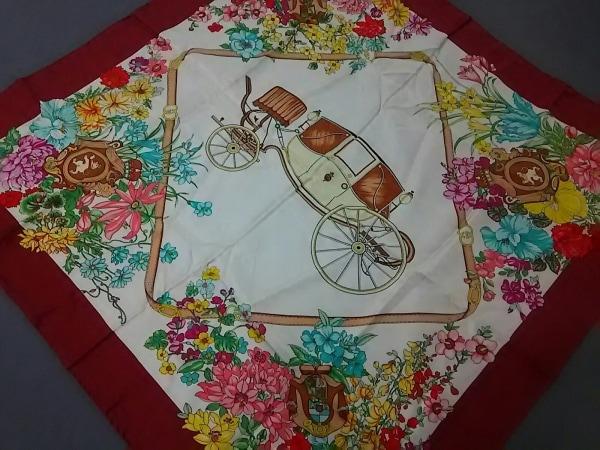 GUCCI(グッチ) スカーフ 白×ボルドー×マルチ 花柄