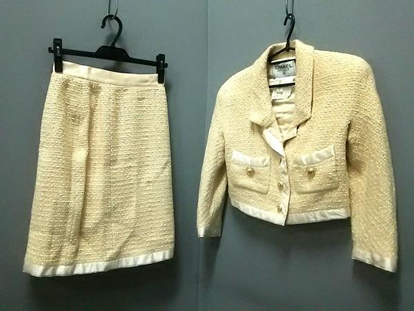CHANEL(シャネル) スカートスーツ サイズ38 M レディース ベージュ×アイボリー