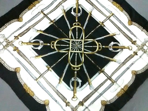 LOUIS QUATORZE(ルイキャトルズ) スカーフ美品  黒×白×マルチ