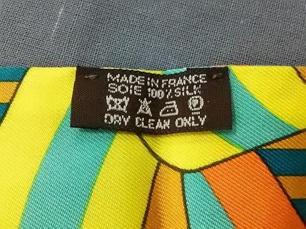 HERMES(エルメス) スカーフ ツィリー グリーン×オレンジ×マルチ