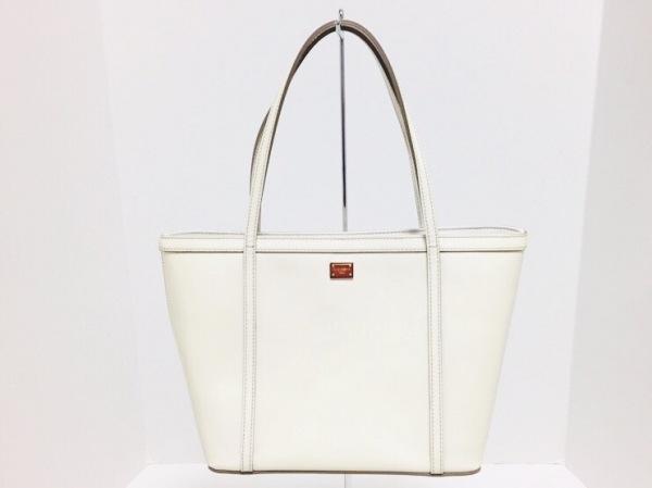 ドルチェアンドガッバーナ トートバッグ美品  BB5014 白 エナメル(レザー)