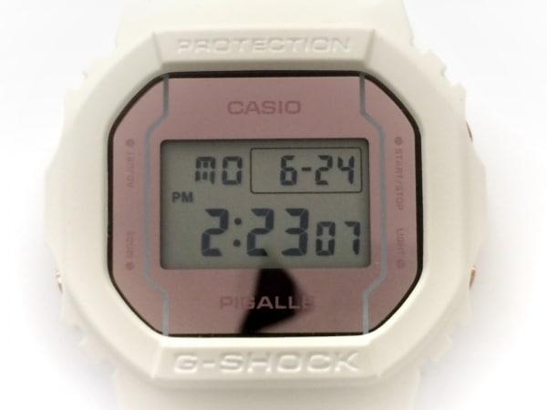 CASIO(カシオ) 腕時計美品  DW-5600PGW メンズ ラバーベルト/PIGALLE ライトグレー