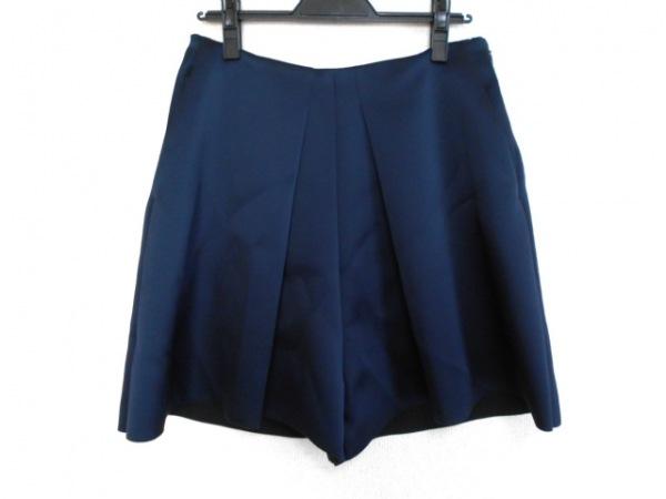 CELINE(セリーヌ) パンツ サイズ38 M レディース美品  ダークネイビー キュロット