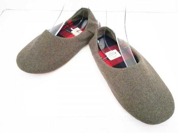 AIGLE(エーグル) 靴 レディース新品同様  カーキ ルームシューズ 化学繊維