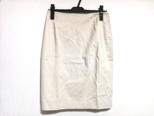 AKRIS(アクリス) スカート サイズUS 8 レディース美品  ベージュ