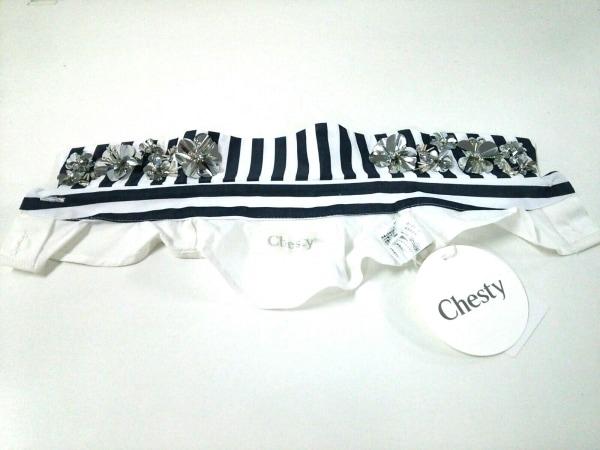 チェスティ 小物 F美品  白×ネイビー 付け襟/フラワー/ビーズ コットン×化学繊維