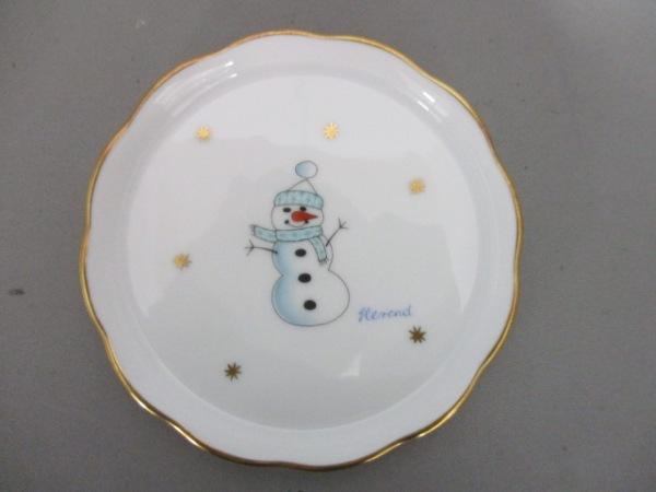 Herend(ヘレンド) プレート新品同様  白×ライトブルー×マルチ 雪だるま/小皿 陶器