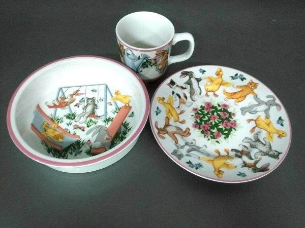 TIFFANY&Co.(ティファニー) 食器新品同様  Playground 白×マルチ 陶器