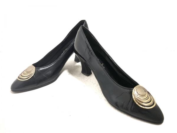 t.inaba(ティーイナバ) パンプス 24 レディース 黒×ゴールド レザー