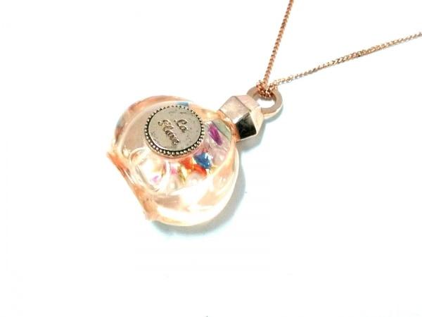 ete(エテ) ネックレス美品  シルバー×プラスチック ピンクゴールド