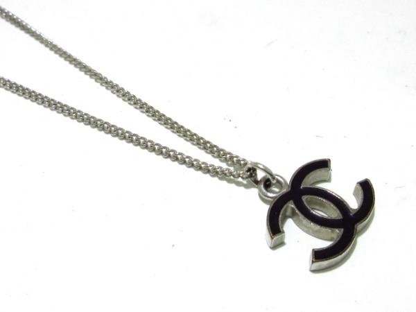 2083b02c336d ... CHANEL(シャネル) ネックレス美品 金属素材 シルバー×黒 ココマーク ...