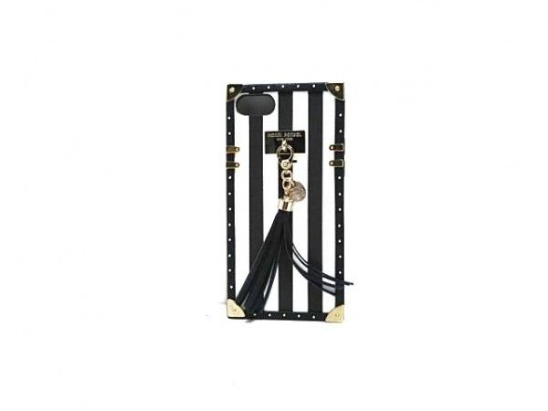 HENRI BENDEL(ヘンリベンデル) 携帯電話ケース 黒×白×シルバー スタッズ/ストライプ